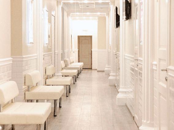 Клиника Пирогова коридор